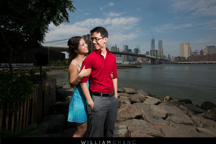 Brooklyn Bridge Park and Central Park engagement photos   Danielle + Adam