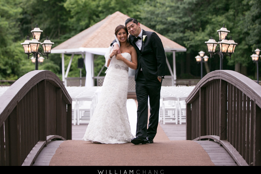Woodbury Country Club wedding photos | Diana + Vincent